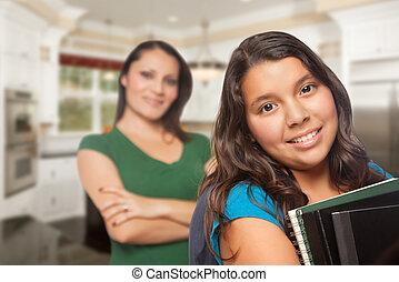 escuela, hija, orgulloso, hispano, madre, listo, cocina casera