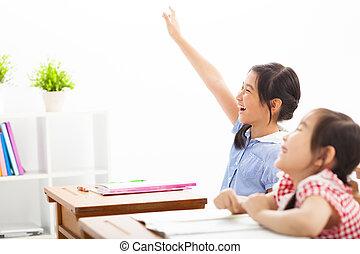 escuela, levantado, clase, manos, niños, feliz