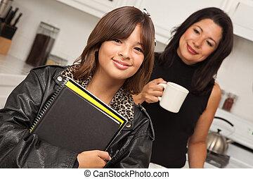 escuela, mamá, hispano, bastante, listo, niña