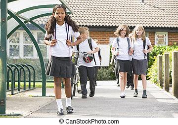 escuela menor, niños, salida, escuela