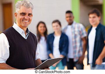 escuela, viejo, alto, medio, profesor masculino