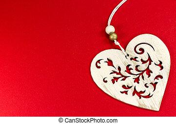 esculpido, madeira, coração, com, corda