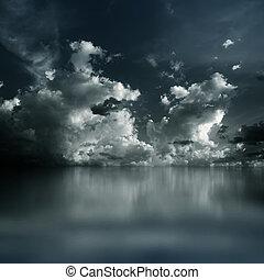 escuro, dramático, nuvens
