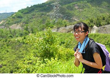 escursionismo donna, ritratto, con, copia, space.