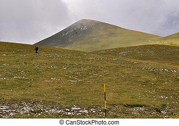 escursionista, montagna, camminare