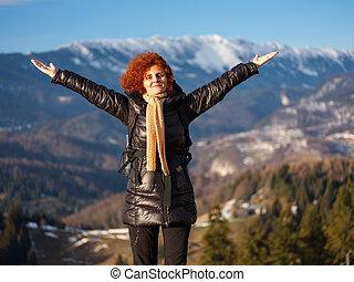 escursionista, montagne, felice