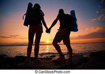 escursionisti, a, tramonto