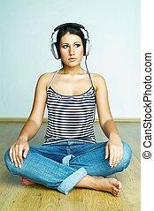 escute música
