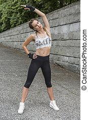 esercitarsi, donna, giovane, adattare, fuori
