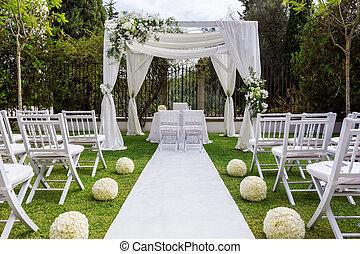 esküvő, út, és, dekoráció, helyett, newlyweds., alatt, természet, alatt, a, garden.