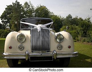 esküvő, autó