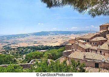 ?esky    anglicky    n?mecky      View of the Tuscan countryside from Volterra town