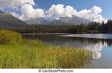 eslovaquia, lago montaña, en, tatra, -, strbske, pleso