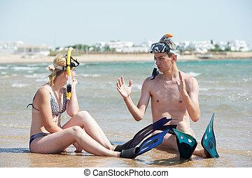 esnórquel, pareja, conjunto, playa, mar