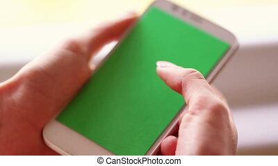 espace, copie, vert, smartphone, écran, toching, fingers.