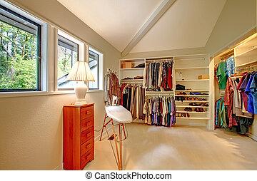 espacioso, walk-in, armario