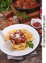 espaguetis, con, albóndiga