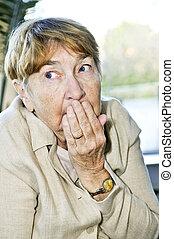 espantado, mujer, anciano