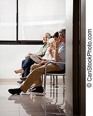 esperando, sentando, pessoas, área