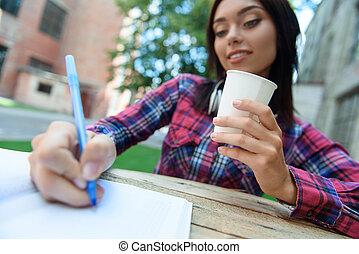 esperto, aluno feminino, fazer anota, em, caderno
