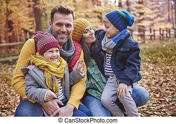 espiègle, forêt, famille