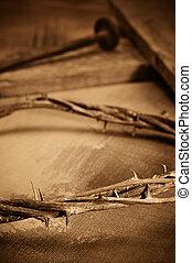 espinas, clavos, corona, cruz