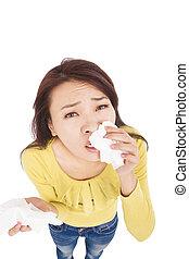 espirrando, e, nariz soprando, mulher jovem, lutas, com, gelado