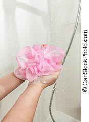 esponja côr-de-rosa, mulher, ensaboe, chuveiro, foto