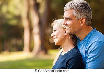 esposa, meio, ao ar livre, envelhecido, marido, amando