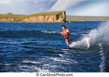 esquiador água