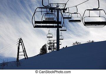 esquiando, elevador, em, alpes