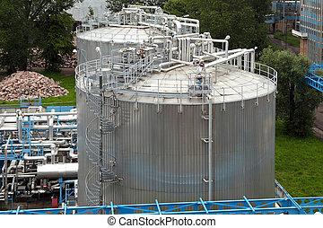 essence, industriel, réservoir