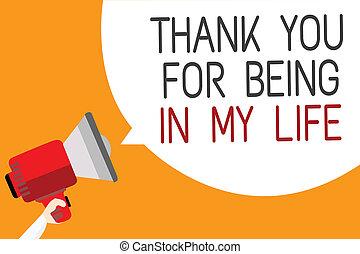 essendo, foto, segno, messaggio, tuo, altoparlante, ringraziare, fondo., discorso, presa a terra, testo, arancia, lei, megafono, bolla, amare, qualcuno, esposizione, concettuale, uomo, life., mio, lato