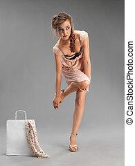 estúdio, moda, retrato, mulher jovem, shopping