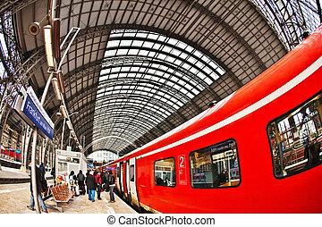 estación de tren, entrante