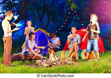 estate, bambini, intorno, campeggiare, falò, Felice