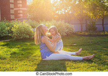 estate, figlia, famiglia, natura, Abbracciare, madre, Felice