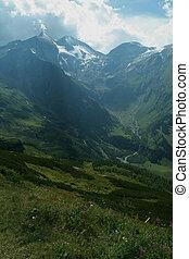 estate, picchi montagna, di, alpi, montagne, coperto, con, snow.