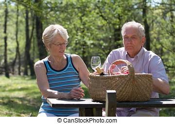 estate, picnic