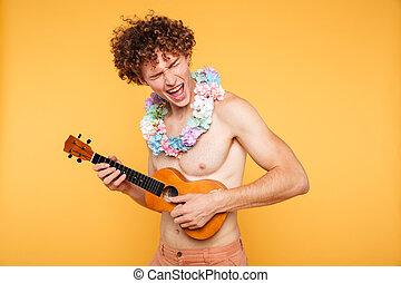 estate, ukulele, shirtless, attraente, vestiti, gioco, uomo