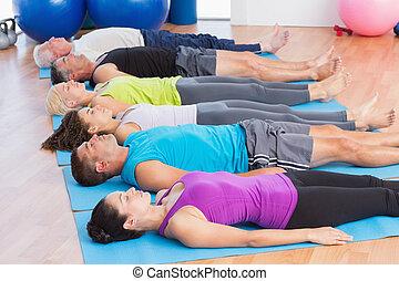 esteras, gente, club, meditar, ejercicio salud