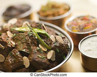 estilo, carne, madrás, restaurante, raita, chutneys