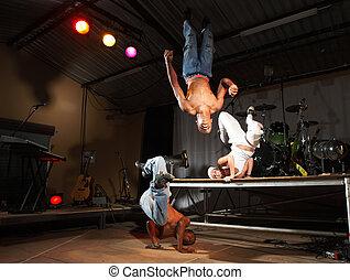 estilo libre, bailarines, cadera-salto