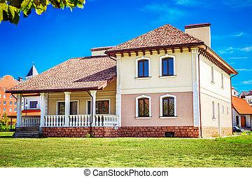 estilo velho, casa, ligado, a, gramado