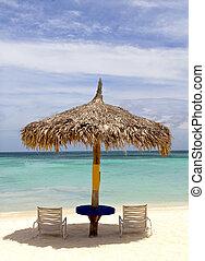 estirar, choza, playa, aruba, cubierto con paja
