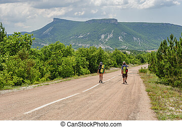 estrada, dois, hiking, pessoas