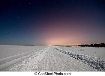 estrada, em, inverno, nevado, noturna