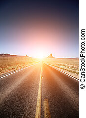 estrada, guiando, para, a, horizonte