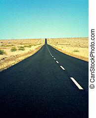 estrada, liberdade