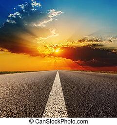estrada, para, dramático, pôr do sol